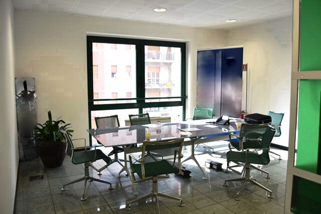 Ufficio centrale in ottime condizioni