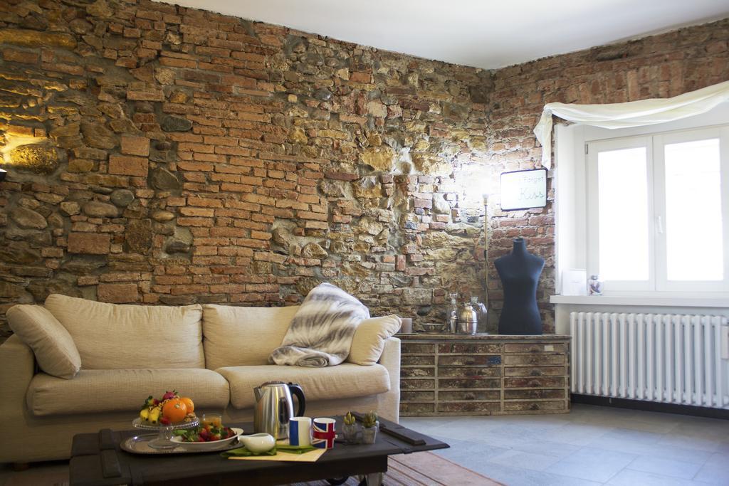 Bilocale Ristrutturato Borgo San Leonardo Bergamo