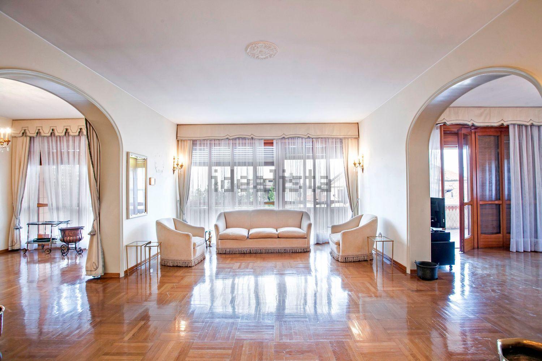 Bergamo Via Nullo – Appartamento con terrazza vista città alta