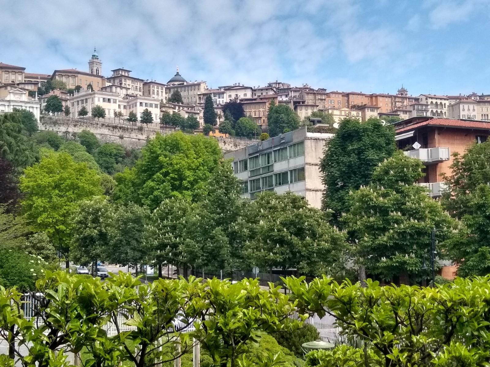 Bergamo Viale Vittorio Emanuele – Appartamento ottimi affacci