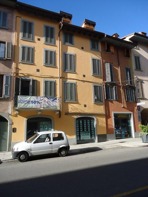 Bergamo – Negozio posizione centrale