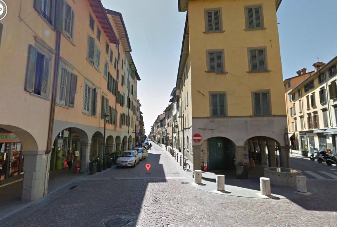 Bergamo ufficio negozio centrale