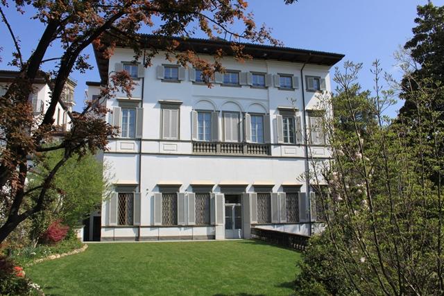 Bergamo Via Pignolo – appartamento ristrutturato in palazzo storico