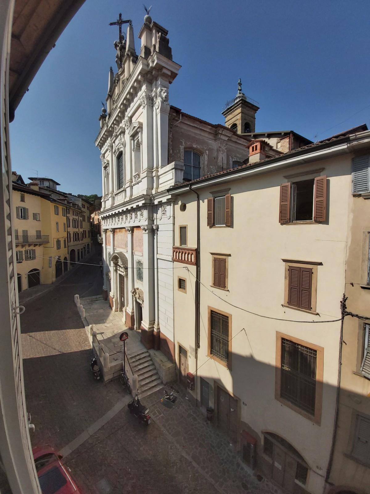 Bergamo Via Pignolo Quadrilocale
