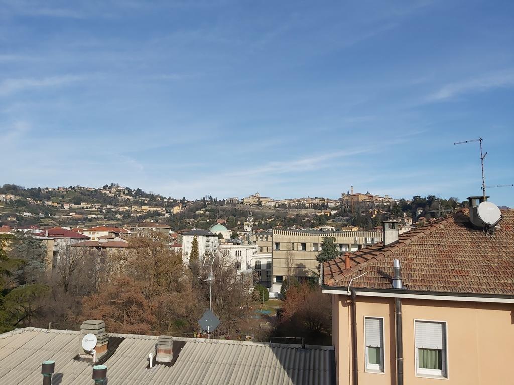 Bergamo Via Broseta Attico