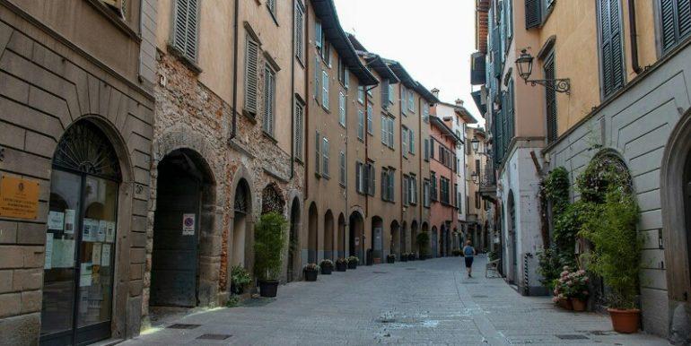 Via-Pignolo-Bergamo-800x534