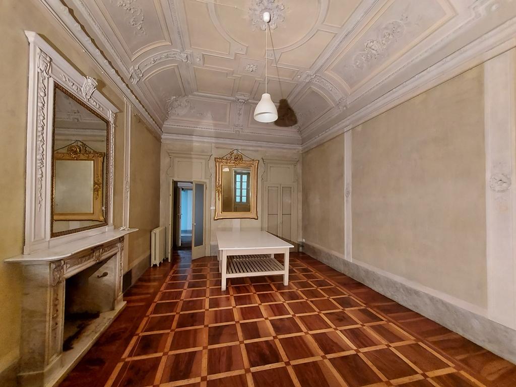 Bergamo Via Pignolo Ufficio in palazzo storico